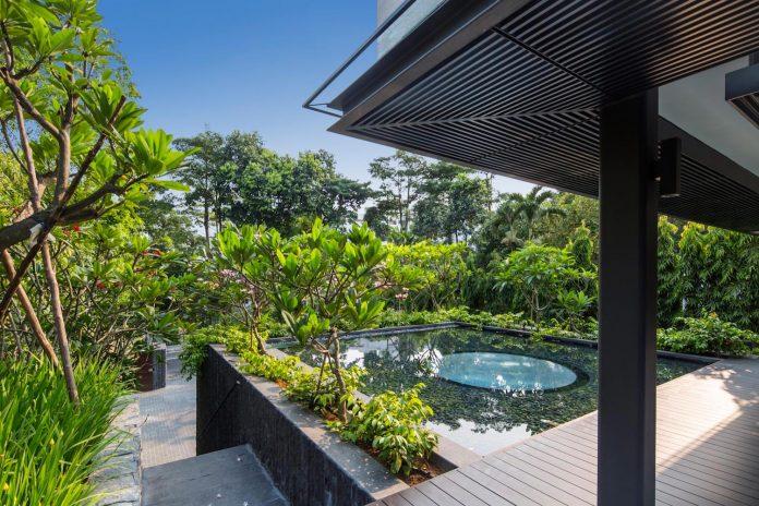 secret-garden-house-luxurious-tropical-contemporary-family-home-singapore-18