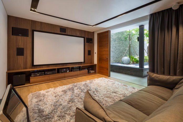 secret-garden-house-luxurious-tropical-contemporary-family-home-singapore-26