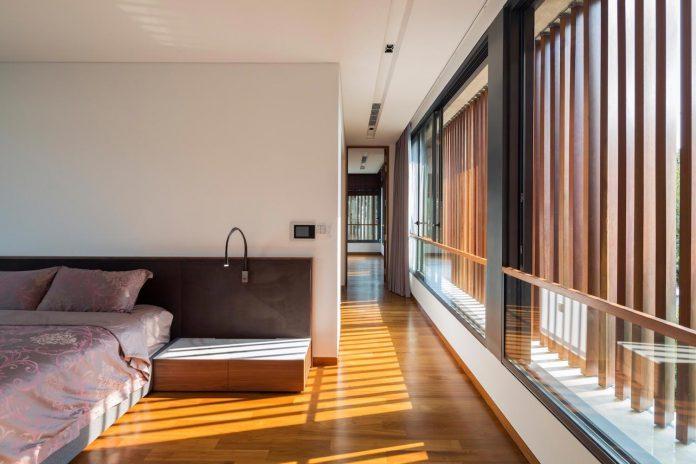 secret-garden-house-luxurious-tropical-contemporary-family-home-singapore-28