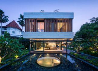 Secret Garden House: a luxurious, tropical, contemporary family home in Singapore