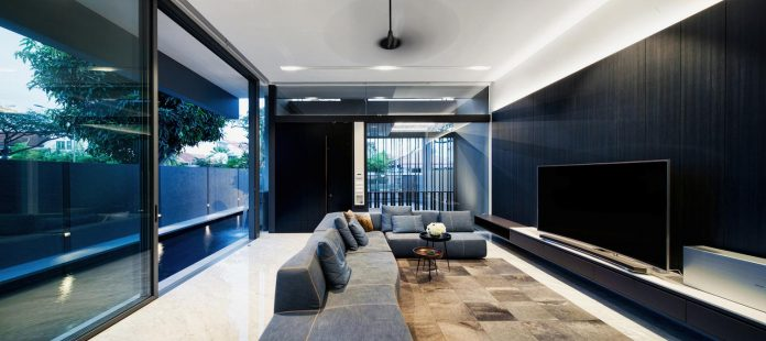 shades-grey-contrasting-materials-textures-tropical-living-space-define-5-18