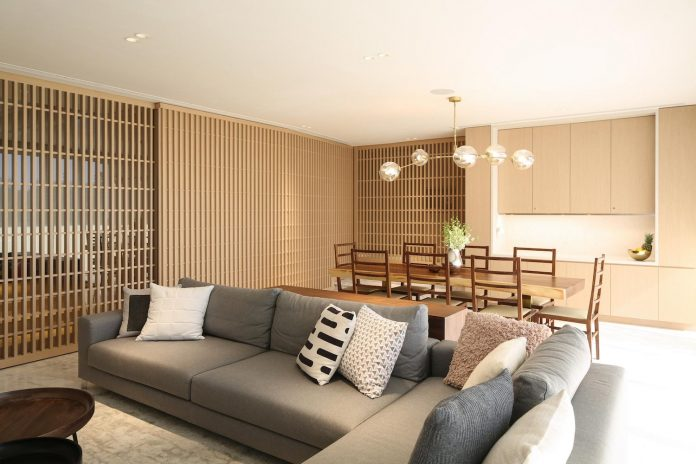 simple-home-growing-family-many-operable-screens-open-separate-space-02
