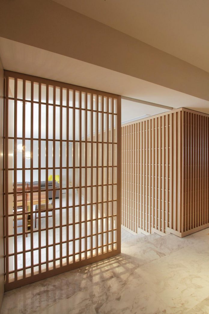 simple-home-growing-family-many-operable-screens-open-separate-space-06
