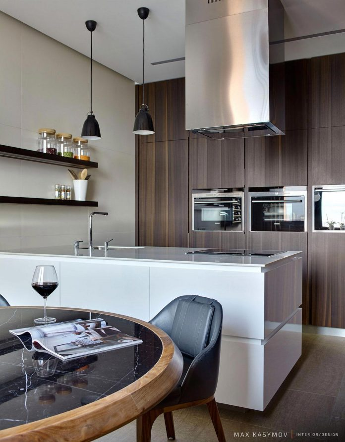 simple-shapes-create-asymmetrical-time-balanced-composition-interior-posteriori-apartment-14