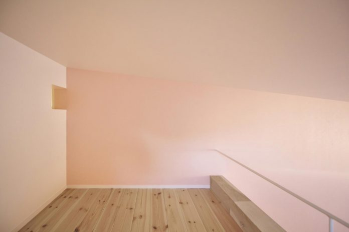 single-family-house-located-tokyo-built-severe-restrictions-space-land-height-18