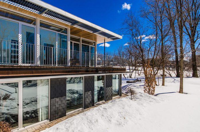 slate-house-conceived-situ-installation-reveals-pre-existing-landscape-05