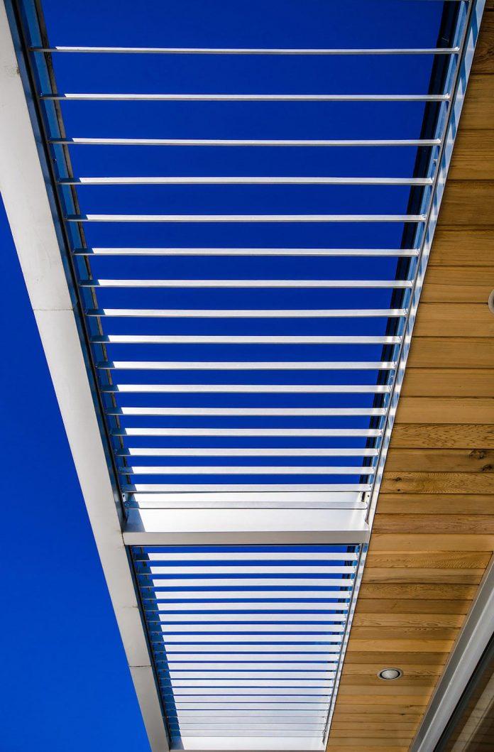 slate-house-conceived-situ-installation-reveals-pre-existing-landscape-08