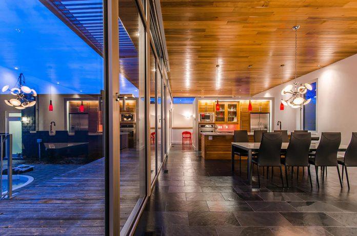slate-house-conceived-situ-installation-reveals-pre-existing-landscape-11