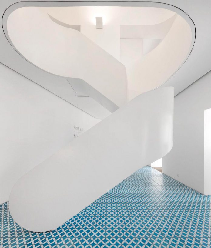 sothebys-real-estate-headquarters-carvoeiro-algarve-characterized-local-traditional-construction-technics-well-materials-13