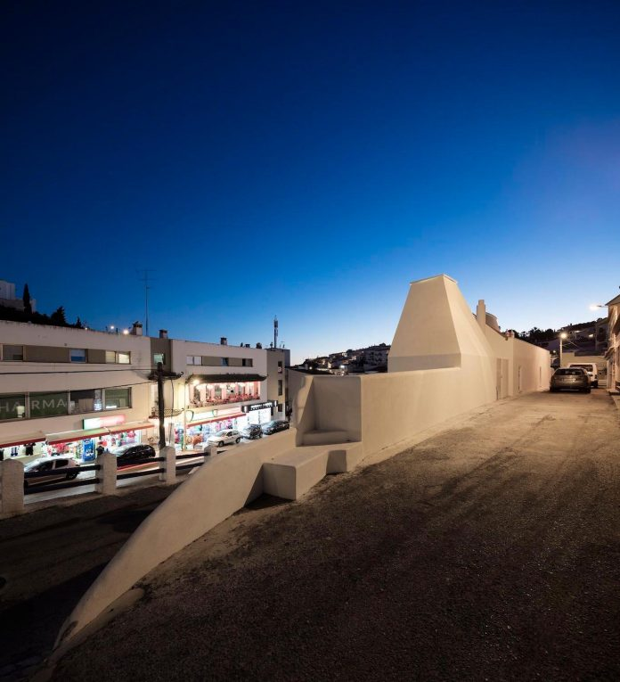 sothebys-real-estate-headquarters-carvoeiro-algarve-characterized-local-traditional-construction-technics-well-materials-16