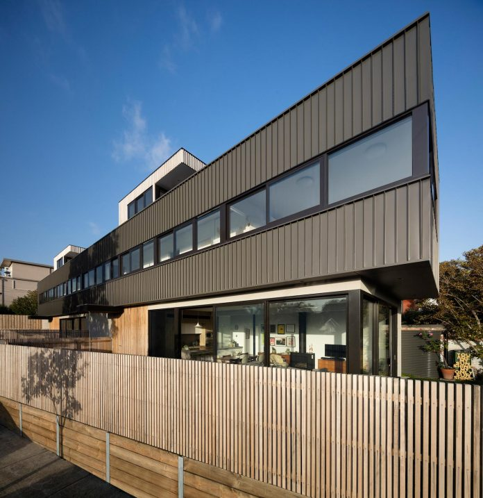 st-kilda-east-townhouses-includes-two-typical-dwellings-three-family-generations-01