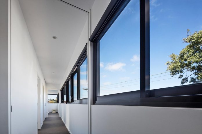 st-kilda-east-townhouses-includes-two-typical-dwellings-three-family-generations-12