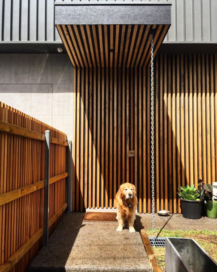 st-kilda-east-townhouses-includes-two-typical-dwellings-three-family-generations-19