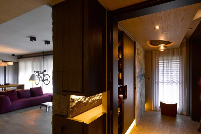 steel-structures-l-shape-sliding-glass-doors-modern-features-define-taipei-city-apartment-03