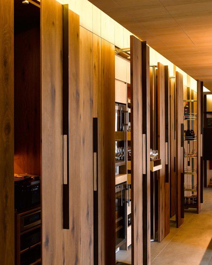 steel-structures-l-shape-sliding-glass-doors-modern-features-define-taipei-city-apartment-06