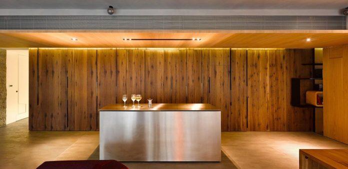 steel-structures-l-shape-sliding-glass-doors-modern-features-define-taipei-city-apartment-07