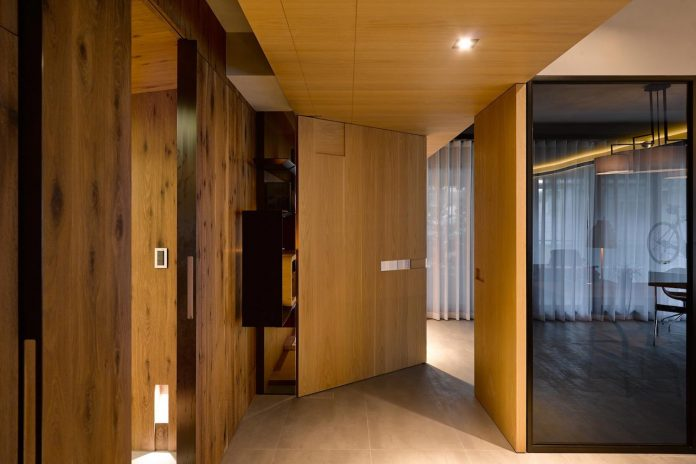 steel-structures-l-shape-sliding-glass-doors-modern-features-define-taipei-city-apartment-12