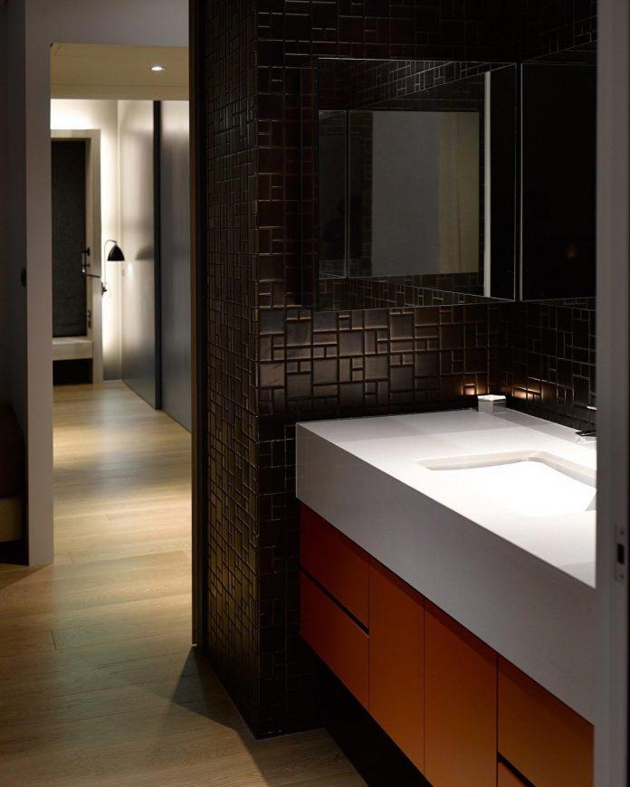 steel-structures-l-shape-sliding-glass-doors-modern-features-define-taipei-city-apartment-23