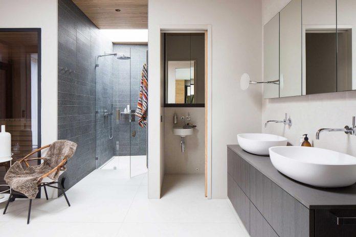 stylish-design-generously-sized-residence-located-near-kampinge-18