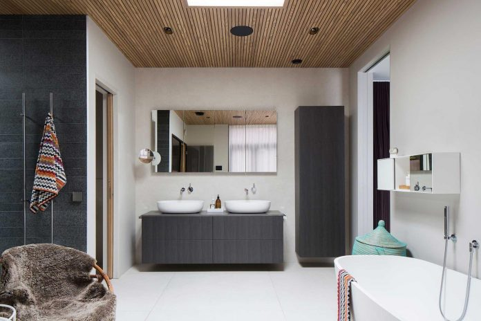 stylish-design-generously-sized-residence-located-near-kampinge-19