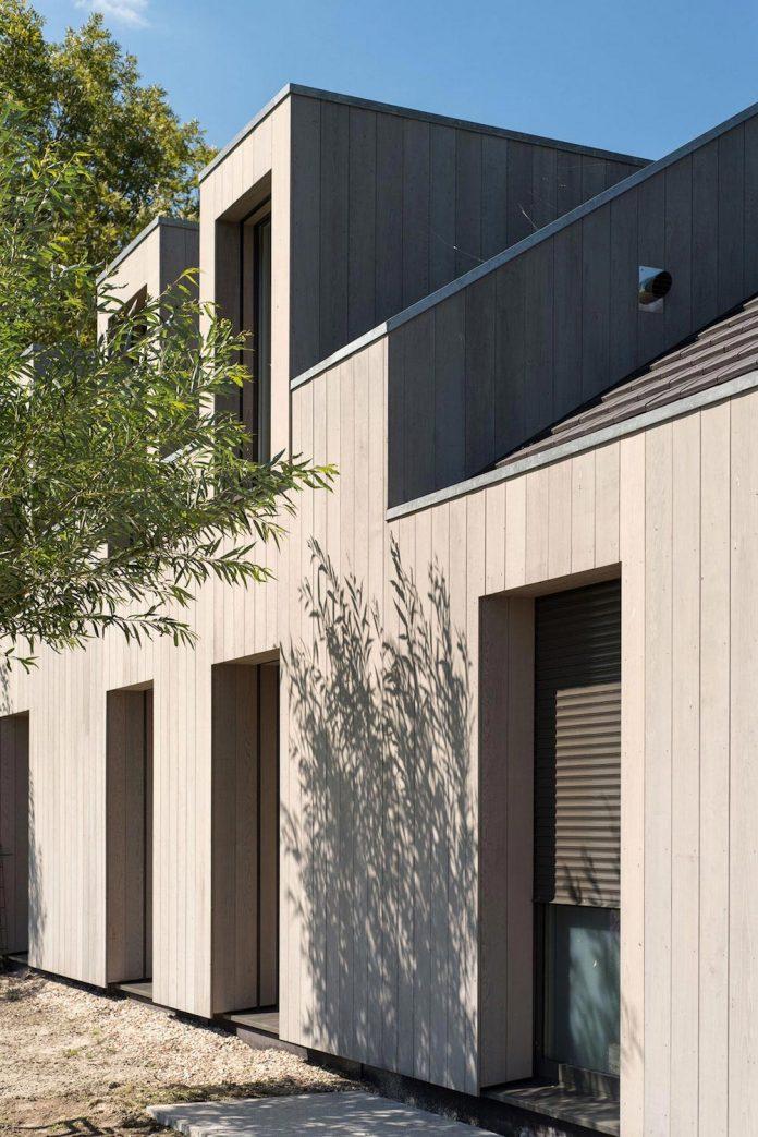 sustainable-luxurious-barnhouse-villa-hindeloopen-located-hindeloopen-netherlands-06