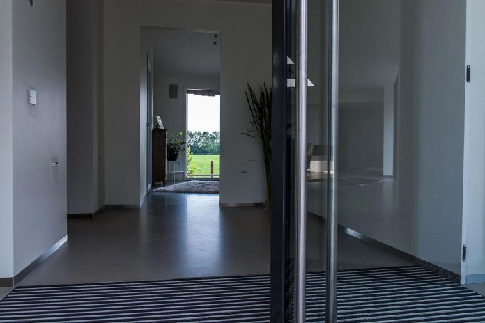 sustainable-luxurious-barnhouse-villa-hindeloopen-located-hindeloopen-netherlands-19