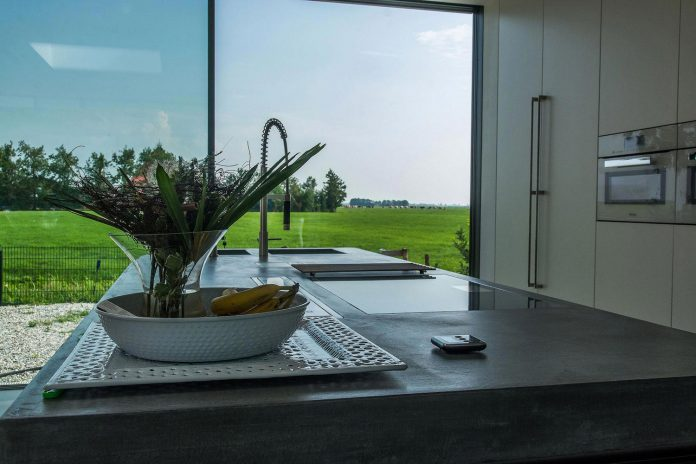 sustainable-luxurious-barnhouse-villa-hindeloopen-located-hindeloopen-netherlands-22