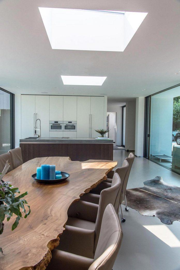 sustainable-luxurious-barnhouse-villa-hindeloopen-located-hindeloopen-netherlands-23