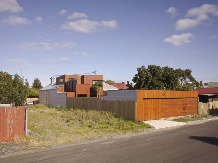 timber-double-story-addition-weatherboard-barrow-house-01