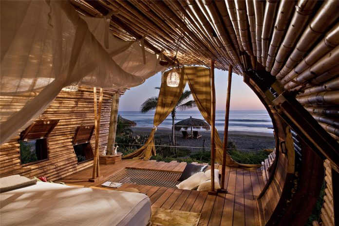 treehouse-suite-beachfront-bi-level-elliptical-shaped-bamboo-wrapped-treehouse-02