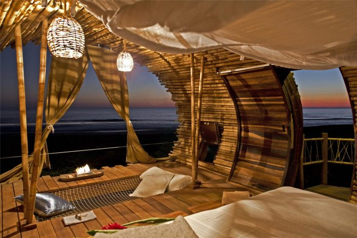 treehouse-suite-beachfront-bi-level-elliptical-shaped-bamboo-wrapped-treehouse-05