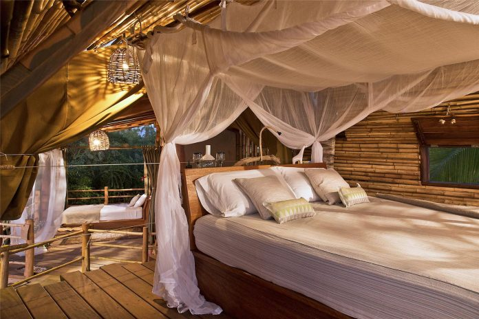 treehouse-suite-beachfront-bi-level-elliptical-shaped-bamboo-wrapped-treehouse-07