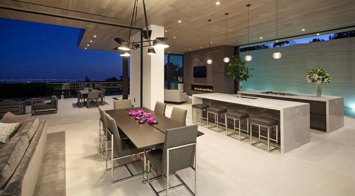 ultramodern-marcheeta-located-tight-lot-hills-sunset-plaza-10