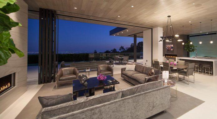 ultramodern-marcheeta-located-tight-lot-hills-sunset-plaza-11