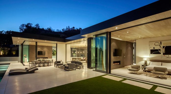 ultramodern-marcheeta-located-tight-lot-hills-sunset-plaza-14