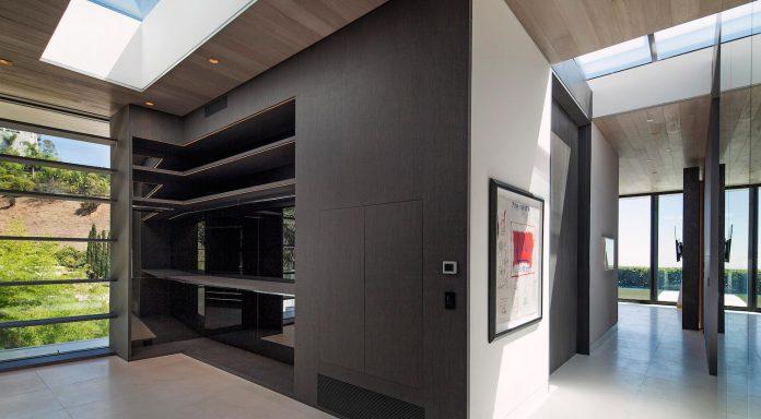 ultramodern-marcheeta-located-tight-lot-hills-sunset-plaza-18