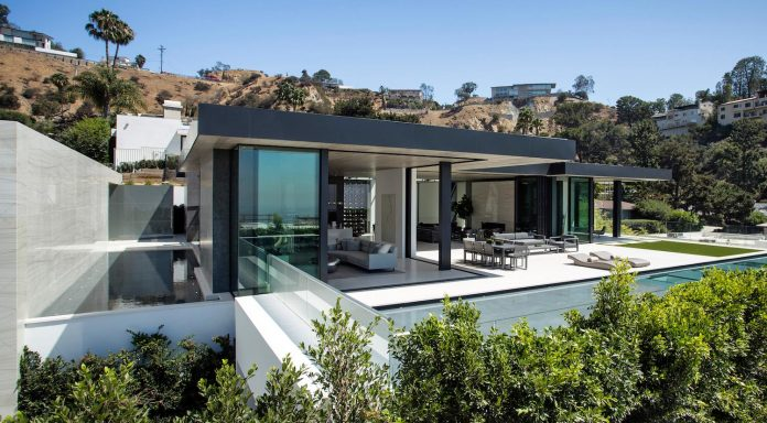 ultramodern-marcheeta-located-tight-lot-hills-sunset-plaza-28