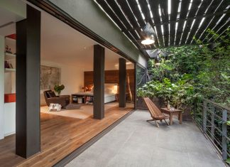Unfold an intimate landscape, harmonious architectural with spaces surrounded by lush vegetation