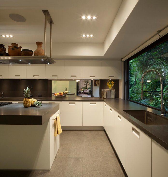 unfold-intimate-landscape-harmonious-architectural-spaces-surrounded-lush-vegetation-13