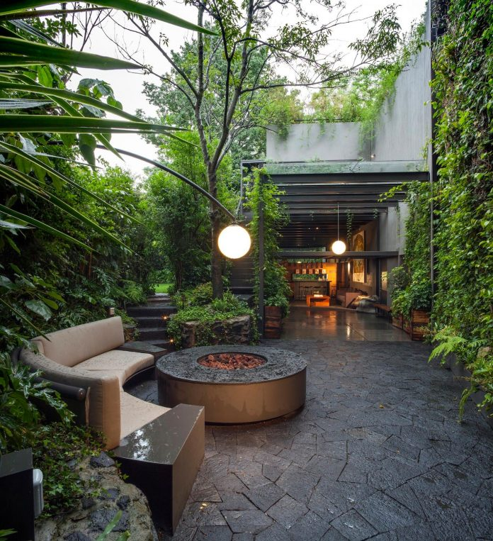 unfold-intimate-landscape-harmonious-architectural-spaces-surrounded-lush-vegetation-15