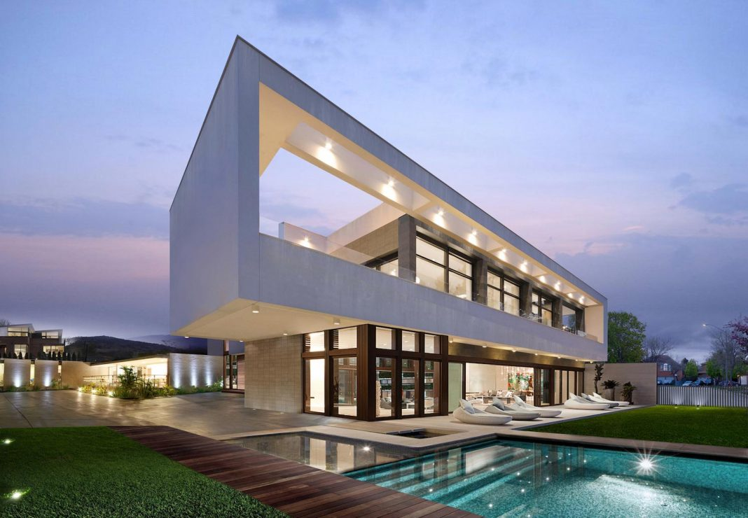 Clever combination of periodic style & contemporary residential ...
