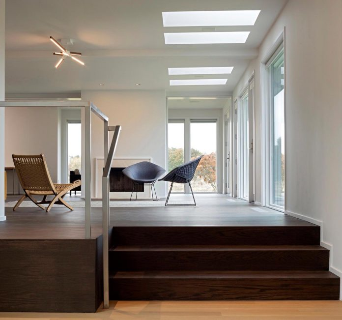 watermill-house-expansion-traditional-shingled-cottage-home-marrying-new-contemporary-addition-06