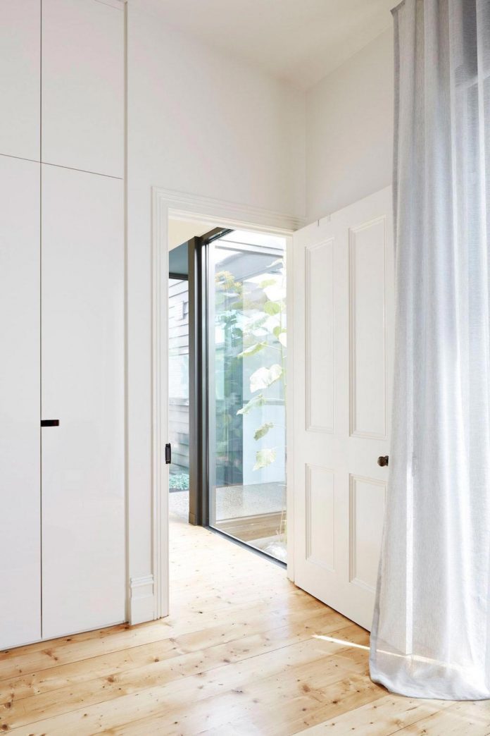 80s-rear-skillion-extension-removed-replaced-open-place-living-pod-08
