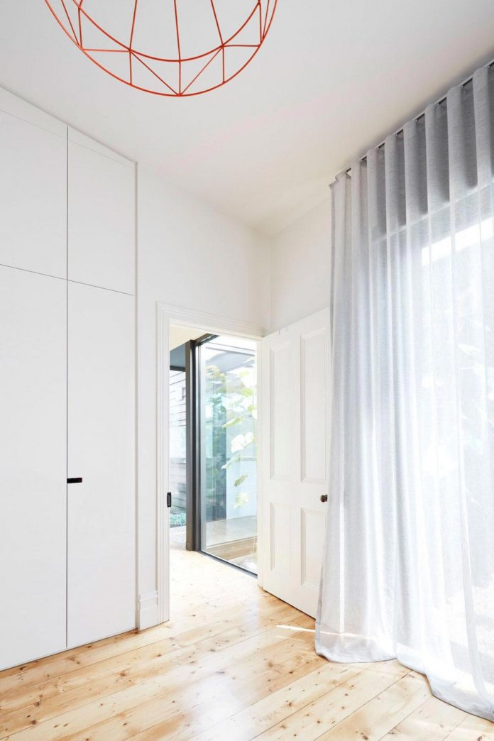 80s-rear-skillion-extension-removed-replaced-open-place-living-pod-09