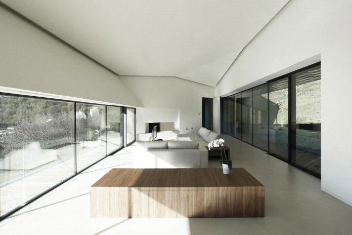 angular-alps-villa-planting-relationship-built-intervention-nature-17