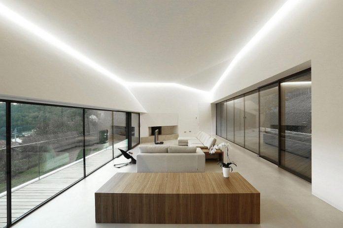angular-alps-villa-planting-relationship-built-intervention-nature-18