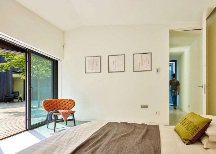 angular-alps-villa-planting-relationship-built-intervention-nature-26