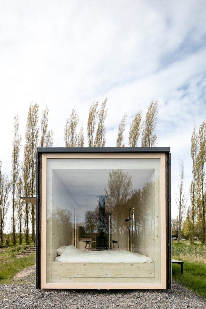 architecture-students-design-ark-shelter-aim-bringing-nature-back-03