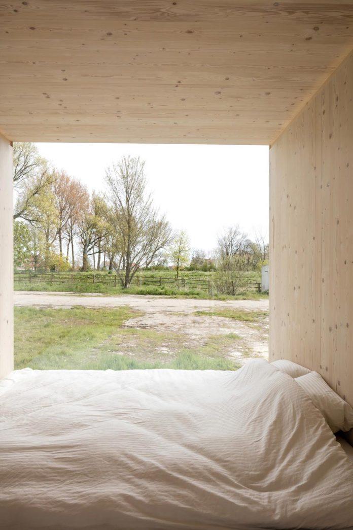 architecture-students-design-ark-shelter-aim-bringing-nature-back-05