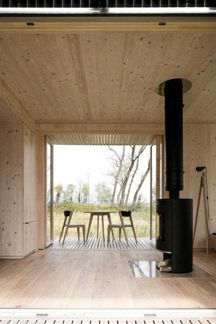architecture-students-design-ark-shelter-aim-bringing-nature-back-09